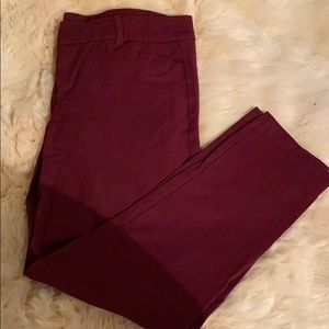 Old Navy maroon pixie skinny dress pant